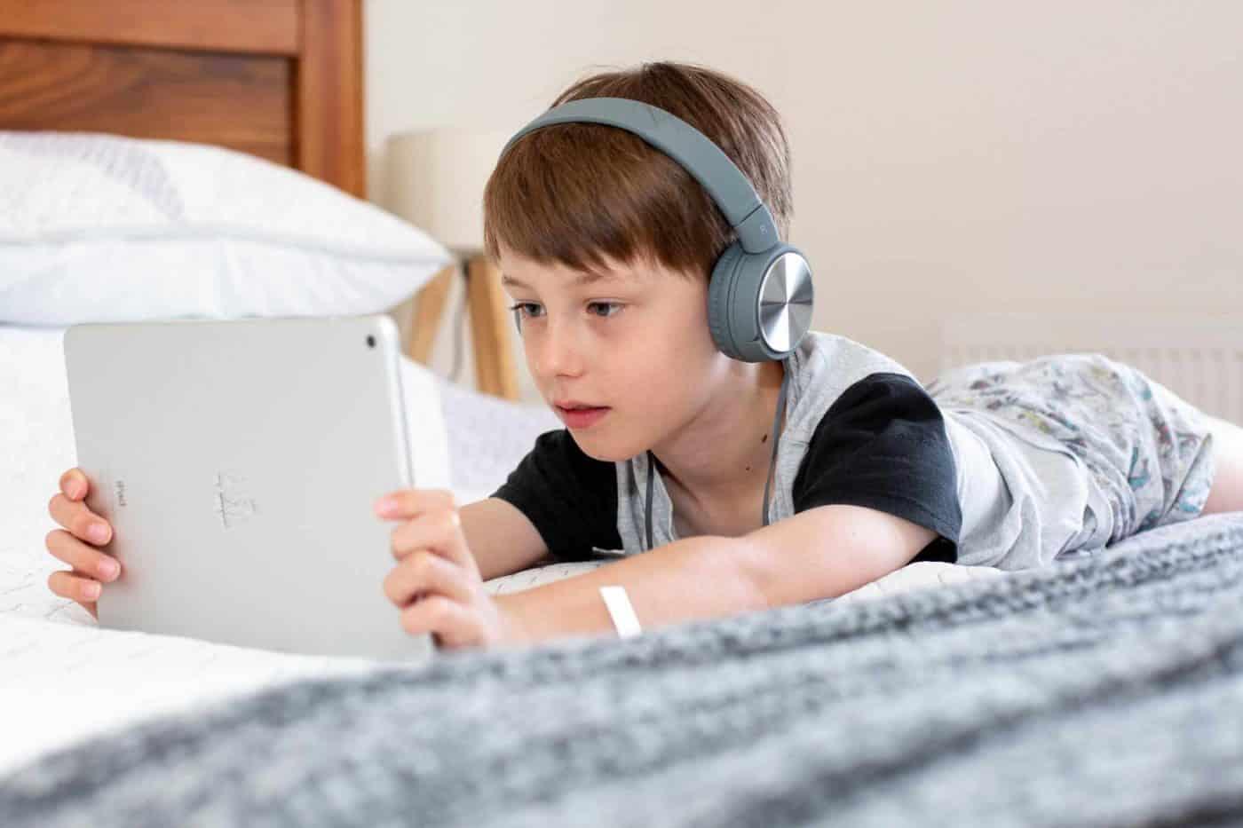 Nederlandse les via Skype en Zoom. Online lessen bij Dutch for Kids.